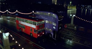 WB_F3_TheKnightBus_SqueezingBetweenTwoBuses_HP3-FX-08